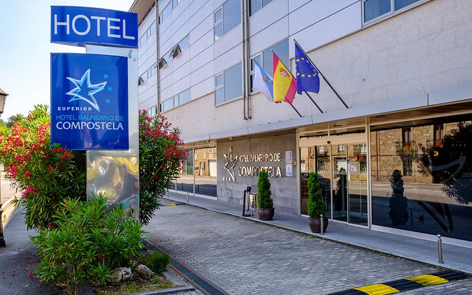 Entrada Hotel Balneario de Compostela